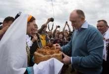 Губернатор Челябинской области побывал на Сабантуе в Троицке