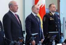 Губернатор Челябинской области встретился с родственниками погибших сотрудников органов правопорядка