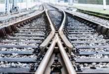 В Карталах под поезд попал молодой человек