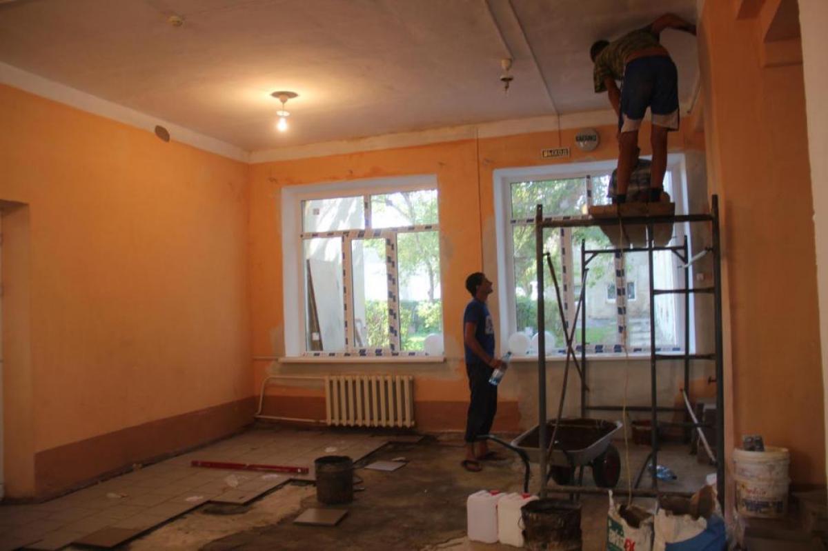 Здание карталинской школы обновляется