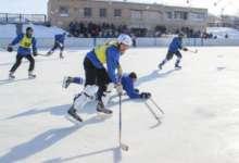На стадионе «Локомотив» встретятся карталинские хоккеисты