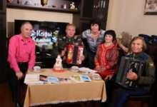 Карталинский коллектив выступил в «Искрах камина»
