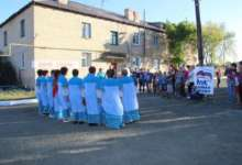 Жители справили второй день рождения карталинского двора