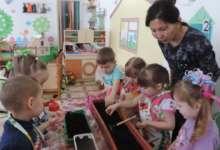 В карталинских детских садах на окнах появились огороды