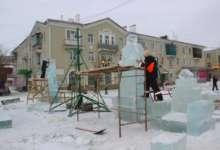 В Карталах Дед Мороз со Снегурочкой появились