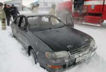 В карталинском поселке сгорела машина