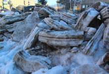 Карталинские коммунальщики борются со снегом