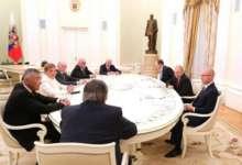 Президент встретился с экс-губернаторами