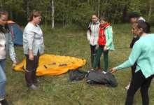 В карталинском лесу эколого-туристическая экспедиция проходит