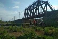 Карталинских школьников сняли с железнодорожного моста