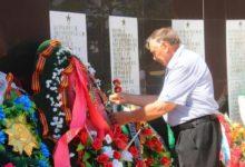 Карталинцы возложили цветы к Монументу Славы