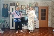 Семья Калининых представила новую песню