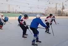 Хоккеисты лед разогреют